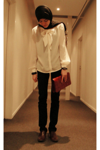 blouse - Equip purse - JayJays jeans - Shoe Warehouse shoes
