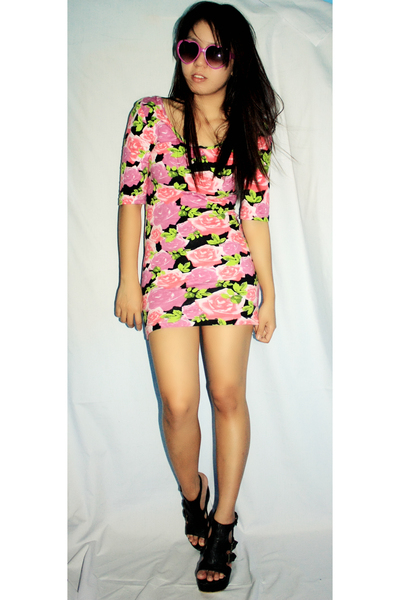 pink Topshop dress - black SM shoes - purple wwwlovechildvintagemultiplycom sung