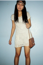 Beige-dress-brown-purse-gold-accessories