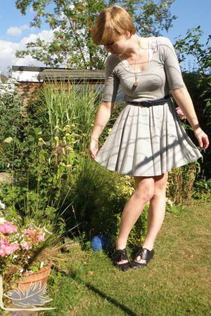 gray new look dress - white vintage top - blue thrifted belt - black Bakers shoe