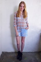 H&M blouse - Zara boots - new look shorts - H&M necklace