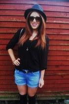 Primark hat - Primark shorts - asos necklace - Primark blouse - asos bracelet -