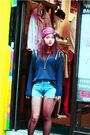 Topshop-jumper-blue-vintage-shorts-black-newlook-boots