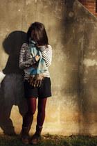 navy striped sweater J Crew sweater - dark brown Steve Madden boots