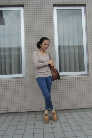Mango bag - light brown Mango top - Forever 21 pants
