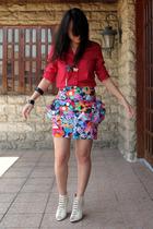 U2 shirt - Poisonberry skirt - tonic boots - Just G necklace - bracelet
