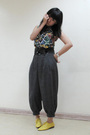Blue-vintage-top-gray-forever-21-pants-yellow-tonic-shoes