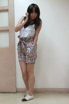 white Zara top - purple no tag top - gray Folded & Hung shorts - white Renegade
