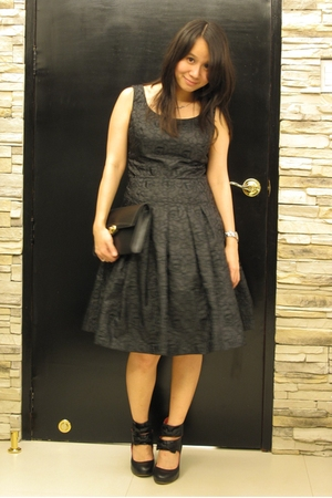 dress - Louis Vuitton purse - H&M shoes