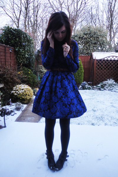 blue Yayer dress - black Primark boots