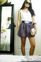 floral skirt - white Forever 21 top - beige Forever 21 clutch - blue Forever 21