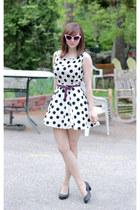 white polka dot Forever 21 dress - pink sunglasses - black lifestride pumps