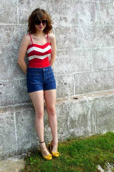 red Forever 21 top - blue high-waisted Old Navy shorts