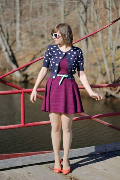 deep purple H&M dress - navy Forever 21 sweater - neutral tights