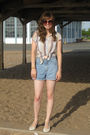 Beige-girl-krazy-shirt-blue-no-excuses-shorts-white-payless-shoes-brown-h-