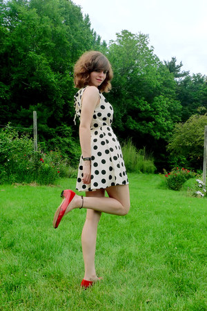 white polka dot Forever 21 dress - red thrifted heels