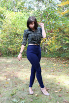 navy high-waisted BDG jeans - forest green Urban Outfitters shirt