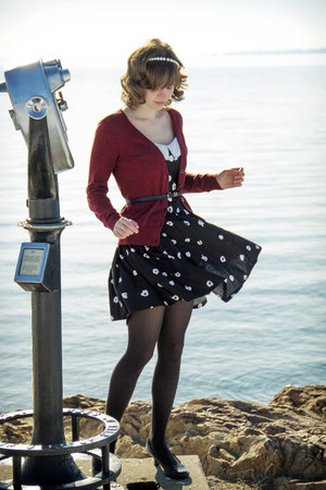 black vintage dotted Robbie Bee dress - black tights - brick red H&M cardigan