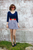 gold anchor Urban Outfitters ring - navy Charlotte Russe shirt