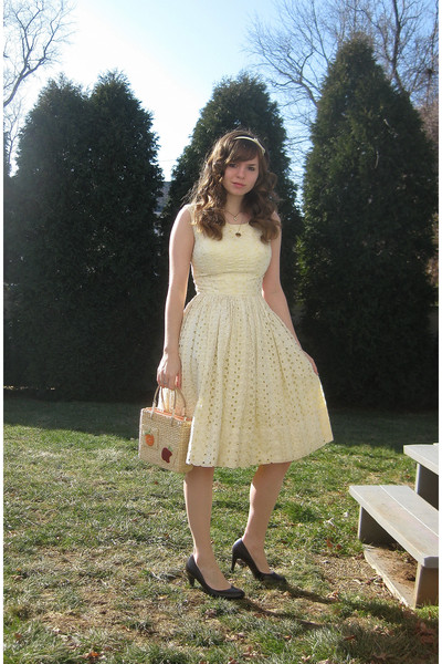 6ca58e3ab335 yellow dress - brown Apt 9 shoes - beige purse - white Forever 21  accessories -