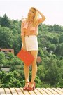 Red-red-gold-accent-h-m-bag-ivory-high-waisted-chanel-shorts