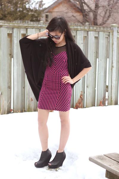 hot pink UB dress - black Aldo sunglasses - black cocoon cardigan Stitches cardi