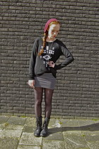 black leather studded boots - brick red New Yorker hat - white striped H&M skirt