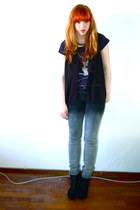 black sleeveless Primark shirt - gray ombre Tally Weijl jeans