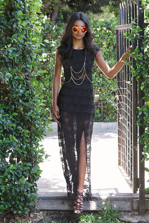 black lace Black Swan dress