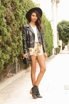 tan tapestry black swan clothing shorts