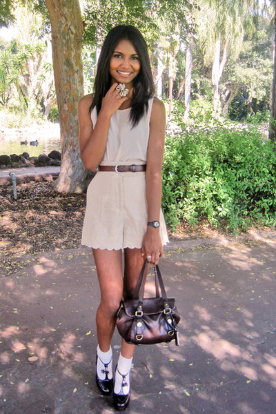 neutral scallop H&M shorts - dark brown baby boxy Marc Jacobs bag