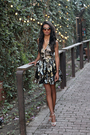 light brown sequins Bebe dress - dark brown cat eye Freyrs sunglasses