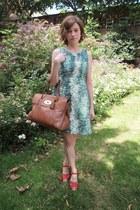 Zara dress - Mulberry bag - Swedish Hasbeens sandals