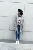 33 Field Trip jacket - Zara sweater - Adidas sneakers