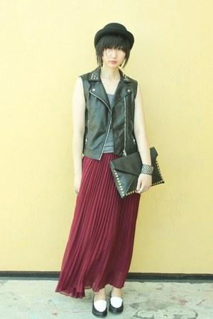 H&M vest - Plata shoes - cotton on top