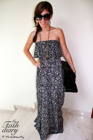 Brazil dress - Tigerlily boutique necklace - Alexander McQueen bag