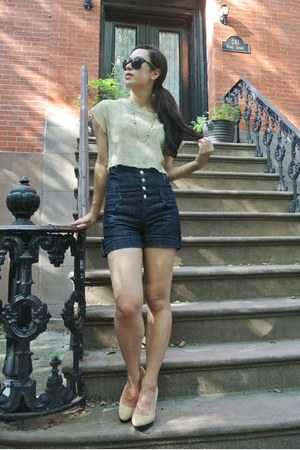 burlap thrifted vintage blouse - high-waisted Forever 21 shorts