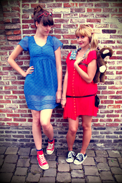 black Converse shoes - red Converse shoes - sky blue H&M dress