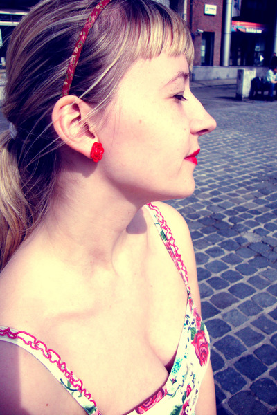 Red Rose Earrings Red Rose H&m Earrings