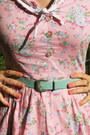 Bubble-gum-floral-print-vintage-dress-aquamarine-vintage-belt