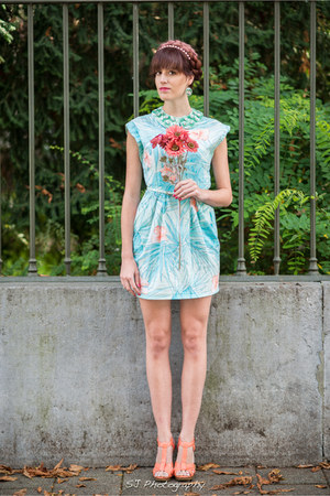 salmon H&M heels - light blue vintage dress - aquamarine collar H&M accessories