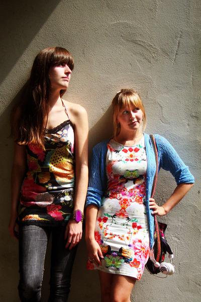 burnt orange Sasha shoes - bubble gum floral print H&M dress - black H&M jeans