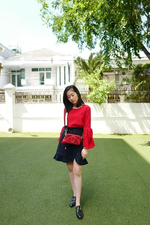 navy Zara skirt - ruby red Marc Jacobs bag - red Zara top - black Gucci flats