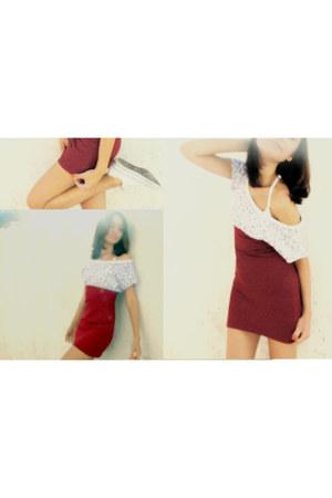 white shoes - brick red shirt - white t-shirt