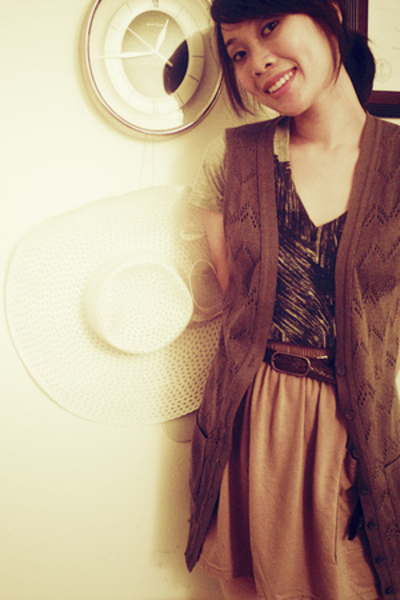 Cory Kennedy for Billabong shirt - Charlotte Russe vest - Urban Outfitters belt