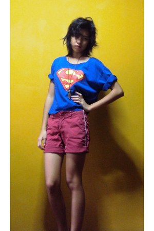 red unknown brand shorts - blue cropped top