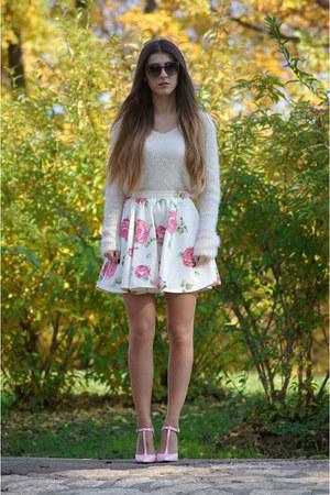 neutral H&M sweater - bubble gum Zara heels
