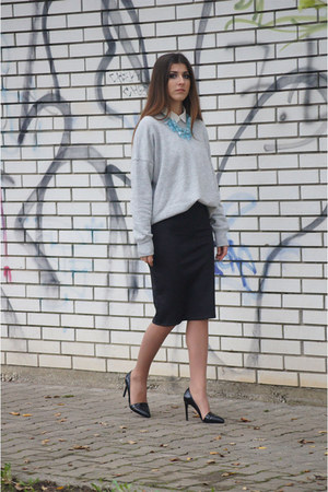 heather gray Zara sweater - white H&M shirt - black Stradivarius heels