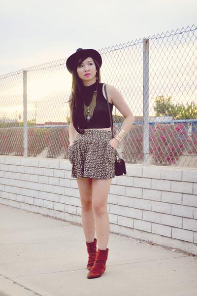 floral Forever 21 skirt - burnt orange suede vintage boots