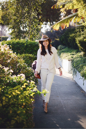 ivory fringe tasseled H&M sweater - crimson blanket Zara scarf